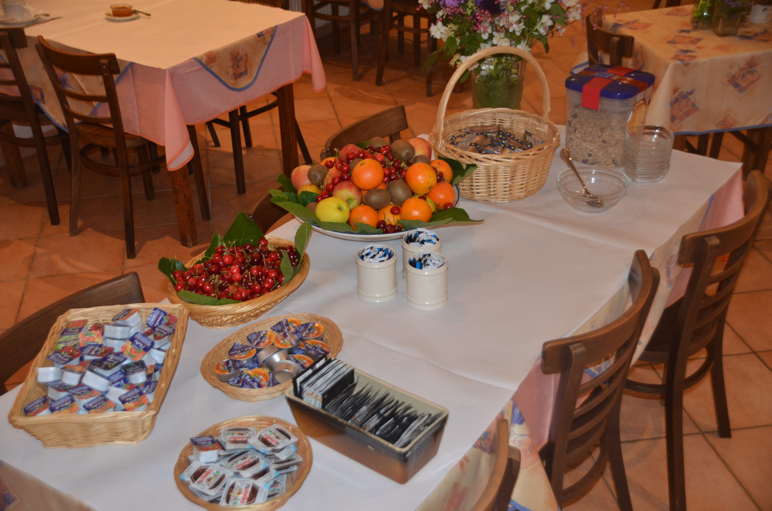 pech de malet - Hotel Restaurant- petit déjeuner- vitrac dordogne sarlat
